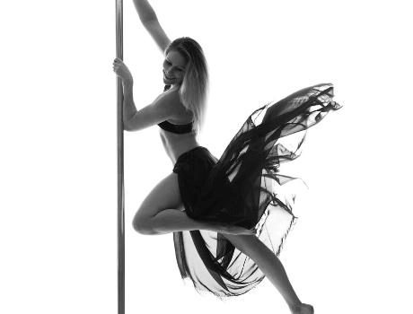Pole Dance Kurs für Fortgeschrittene